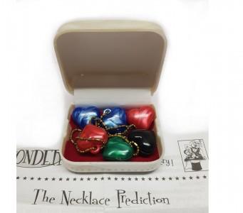 The Necklace Prediction - Die Halsketten Vorhersage mit Schmuckdose