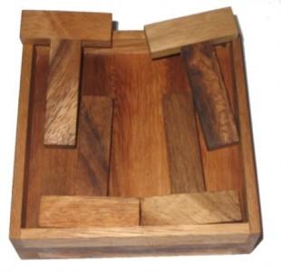 4 T Puzzle - Holzpuzzle
