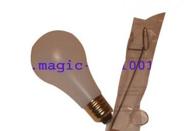 Floating light bulb - schwebende Glühbirne